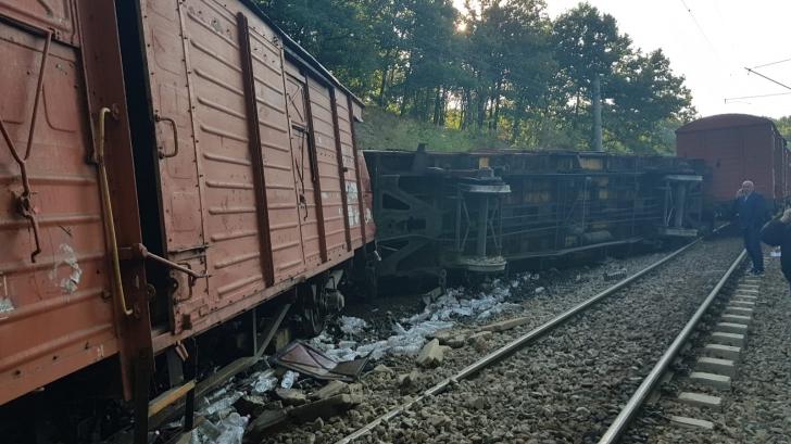 Tren deraiat în apropiere de Drobeta Turnu Severin! Ciculația feroviară este blocată