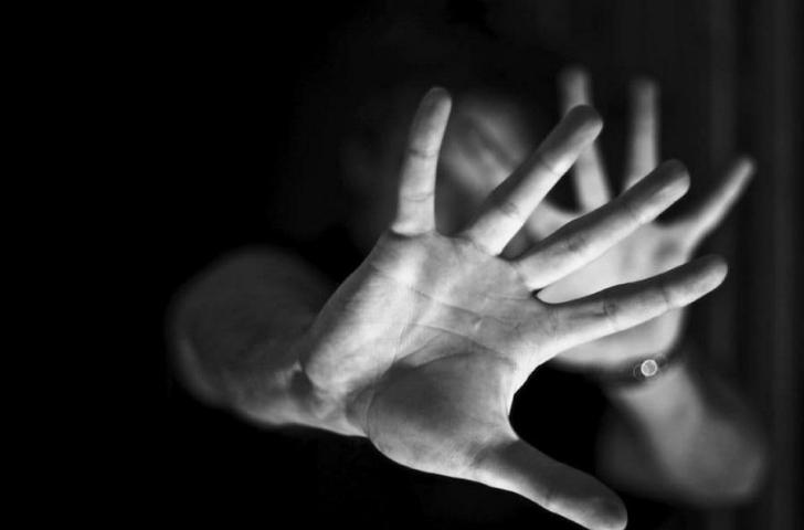 O tânără a fost salvată din mâinile proxeneților