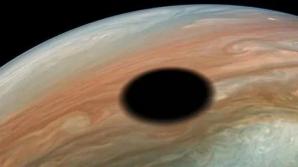 Pata misterioasă pe Jupiter