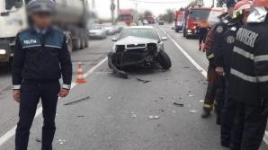 Microbuz cu 7 pasageri, impact violent cu un taxi, la ieșirea din Ploiești / Foto: ziarulincomod.ro