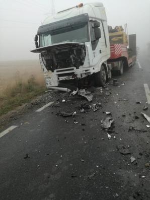 Accident grav, în jud. Botoșani: două victime, după un impact nimicitor cu un camion / Foto: facebook.com