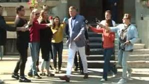 Klaus Iohannis a ignorat presa care l-a asteptat cateva ore