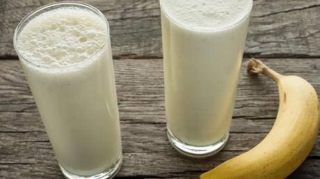 Cum se tine corect dieta cu banane si lapte