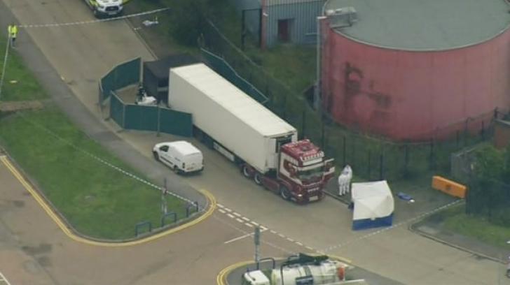 Descoperire terifiantă în Regatul Unit: 39 de cadavre într-un camion. Cine sunt victimele?
