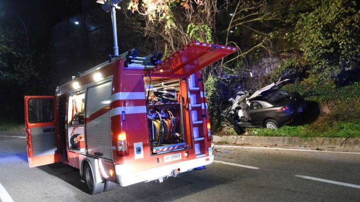 Româncă moartă într-un accident în Italia