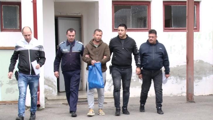 Ce a declarat bărbatul suspectat că a abuzat sexual de o minoră de 14 ani, în Dâmbovița