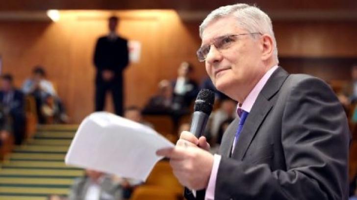 Dăianu, replică acidă pentru Teodorovici: Creșterea pensiilor, o prostie!