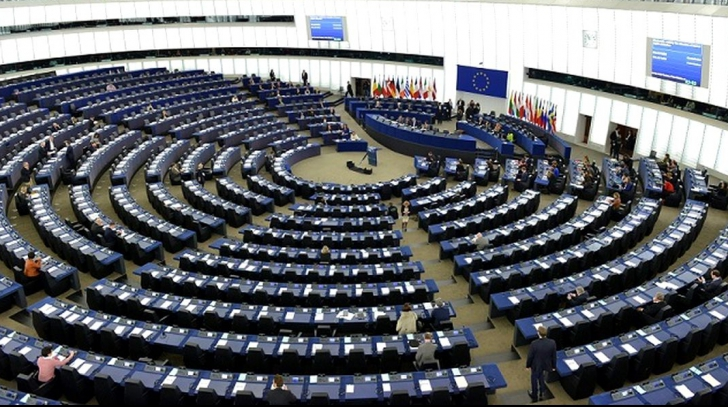"""Tensiuni în Parlamentul European. Viitorii comisari europeni """"cu probleme"""" vor fi blocați"""