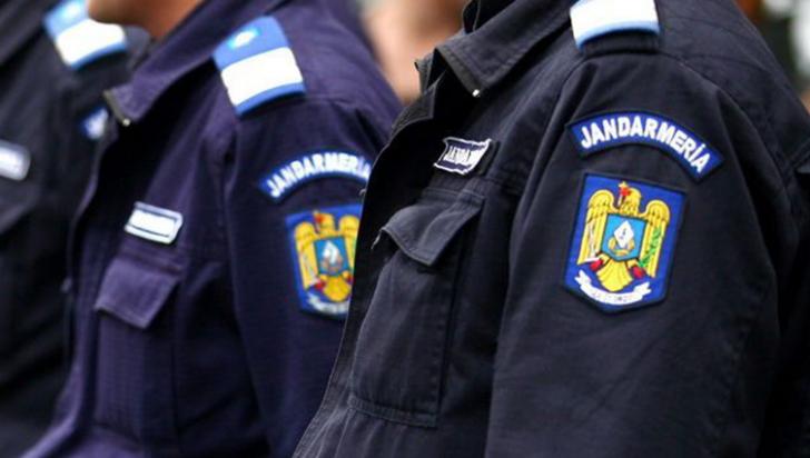 Jandarm împușcat singur