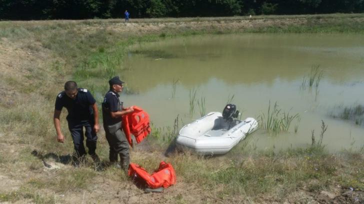 Descoperire macabră, la Argeș: trupul unui bătrân dat dispărut, găsit într-un canal de scurgere