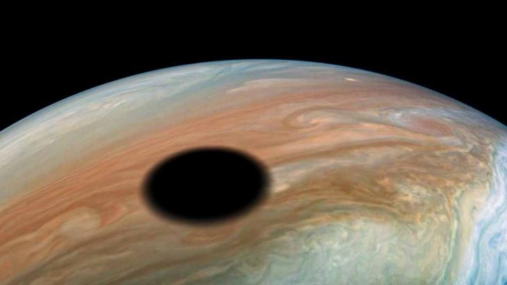 Pata neagra pe Jupiter