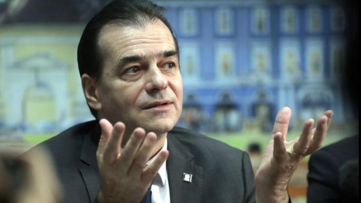 Orban, revoltat că Violeta Alexandru a căzut în Parlament