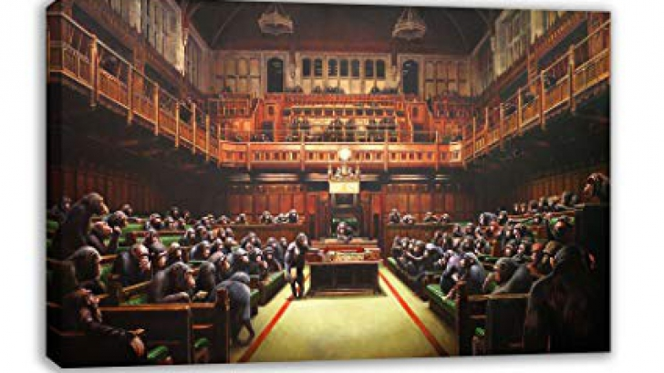 """Tabloul de Banksy cu """"deputații britanici-cimpanzei"""", vândut cu 11 milioane de euro"""