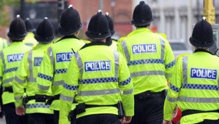 Încă un camion suspect, oprit de poliţie în Marea Britanie. Ce se afla în autovehicul?