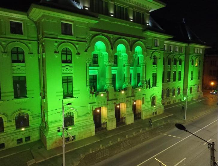 Primaria Capitalei, iluminată în verde timp de o saptămână
