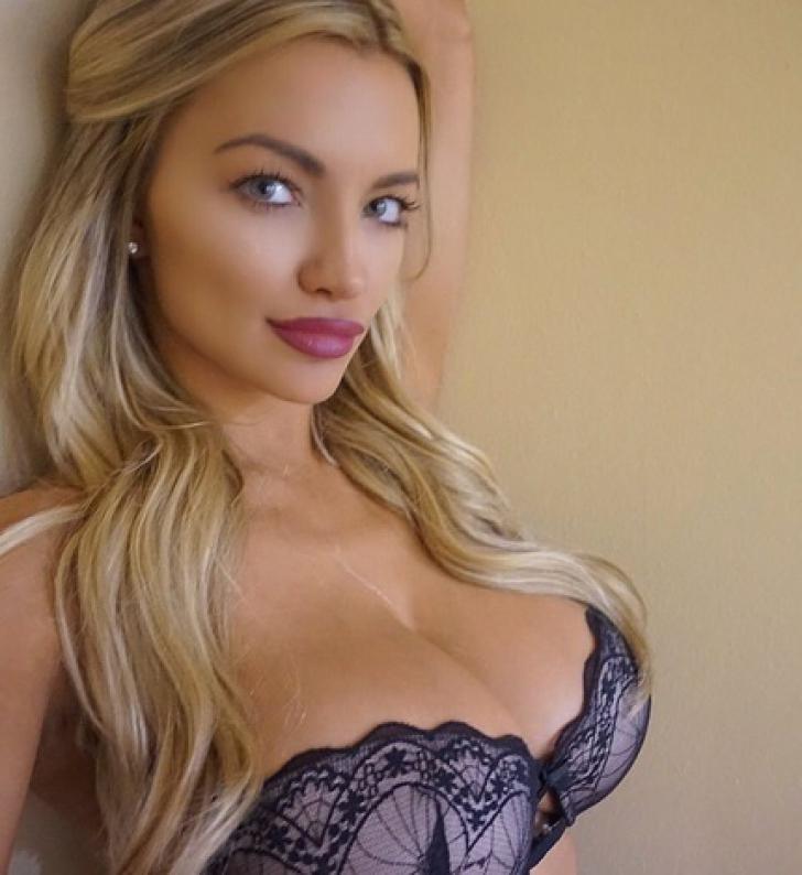 Fost iepuraș Playboy, fotografia cu care a șocat. Cum s-a lăsat pozată