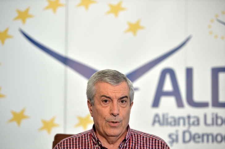 Tăriceanu: Toţi parlamentarii ALDE sunt prezenţi şi vor vota moţiunea de cenzură