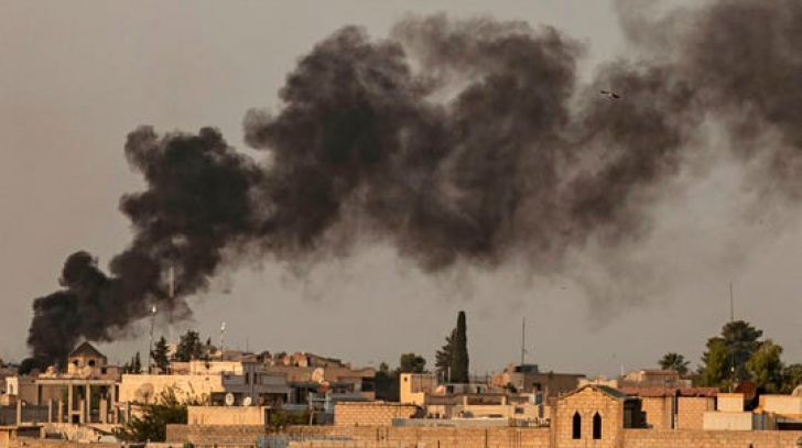 "Criza din Siria. Luptătorii kurzi au ""înghețat"" ofensiva împotriva ISIS"