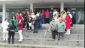 Protest spontan la Spitalul Județean Craiova
