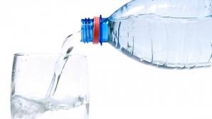 Ce se întâmplă în corpul tău dacă bei apă noaptea