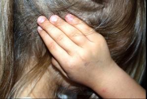 Fetiță de 6 ani, agresată sexual