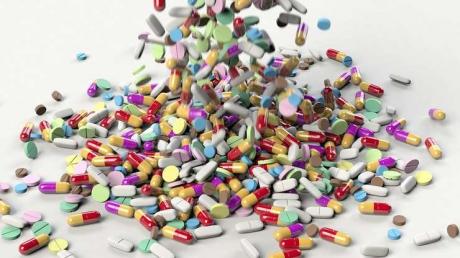 Peste 70 de medicamente DISPAR de la 1 noiembrie. Asociatiile de pacienti cer SOLUTII Guvernului