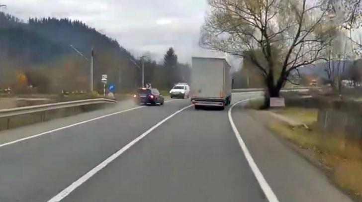 """Șofer care putea să producă o tragedie: """"Mi se fâlfâie! Da, îl omoram pe ăla, care-i problema?"""""""