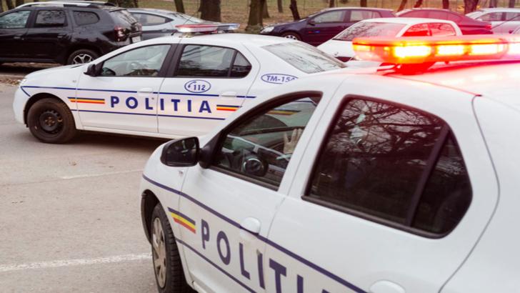 Urmarire ca-n filme in Vrancea. Un sofer fara permis a plonjat cu masina in rau pentru a scapa de Politie