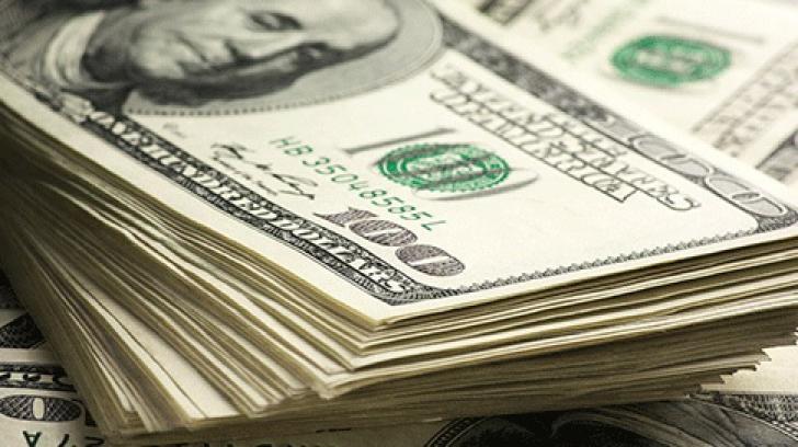 Cum să pierzi o jumătate de miliard de dolari și 3 milioane de români