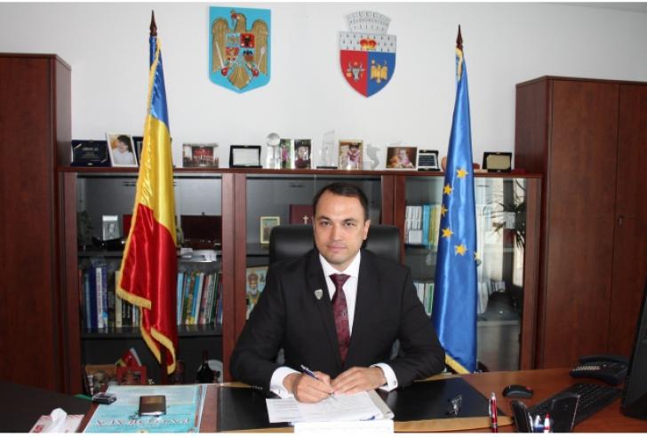 """Conducerea primăriei din Focșani, """"în vizită"""" la DNA"""