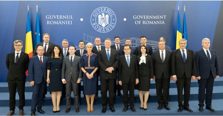 Iohannis participă la prima ședință a Guvernului Orban