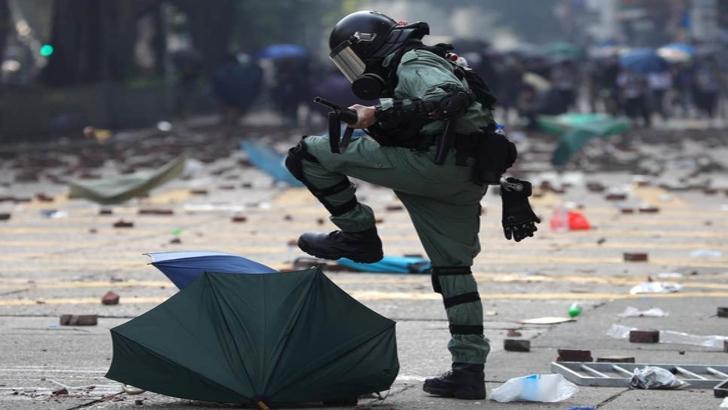 Război total după alegerile din Hong Kong. Mesajul dur al Chinei