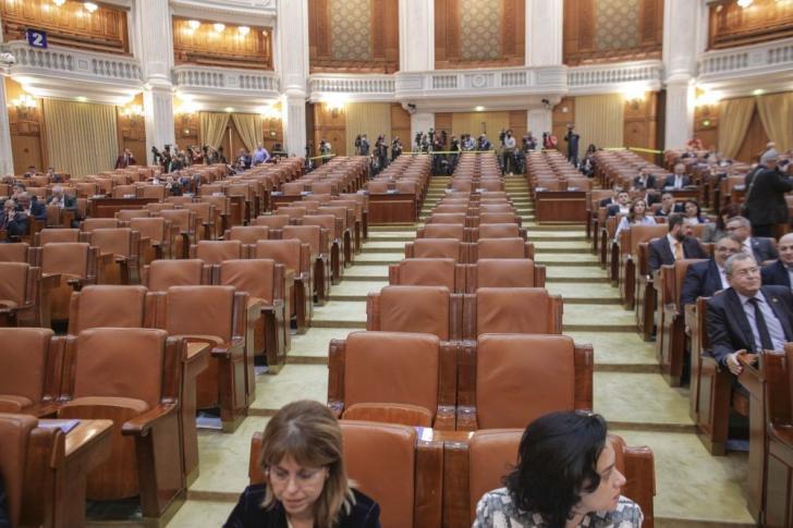 Ședință la Parlament pentru învestirea guvernului Orban