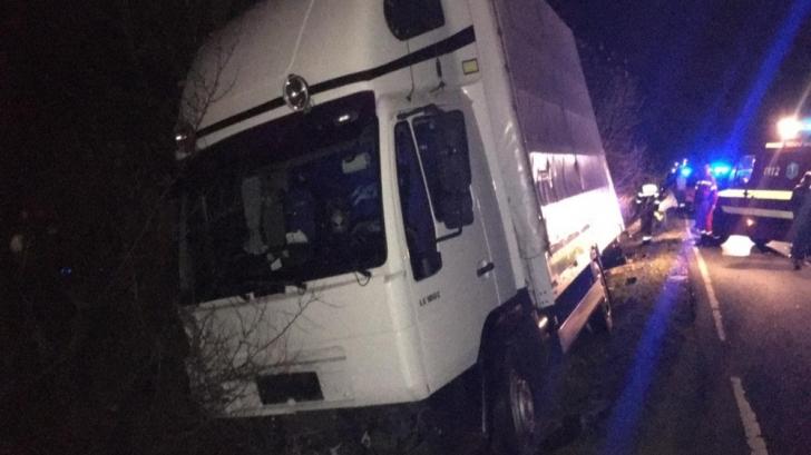 Tragedie, în Satu Mare: a murit, marți seara, într-un impact nimicitor cu un TIR