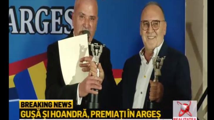 Premii de excelenta pentru Cozmin Gusa si Octavian Hoandra, la Gala -10 pentru Arges-, pentru emisiunile realizate in judet