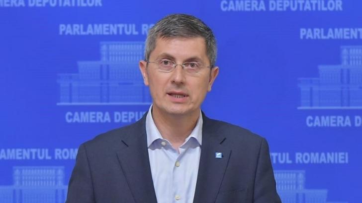 """MESAJE REVELION 2020 // MESAJE DE ANUL NOU // Barna, anunț de ultimă oră: """"Trebuie să alegem o nouă guvernare pentru România"""""""