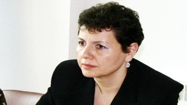 Plangere penala impotriva Adinei Florea din cauza anchetei fata de Frans Timmermans si a Verei Jourova, dupa prezentarea Raportului MCV