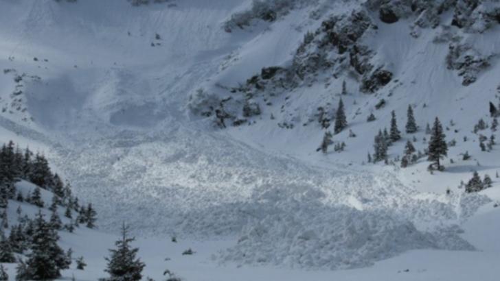 "Meteorologii avertizeaza! Risc -insemnat"" de avalansa in Bucegi si -foarte mare"" in Fagaras"