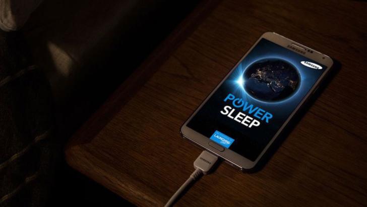 Nu ține telefonul la încărcat peste noapte
