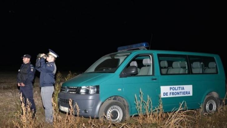 Trei algerieni au incercat sa jefuiasca mai multi calatori CFR