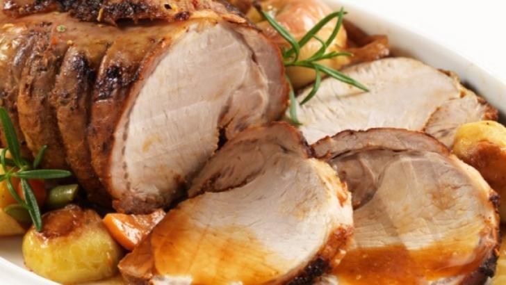Cum faci cea mai bună friptură de porc. Un singur ingredient face toată diferenţa!