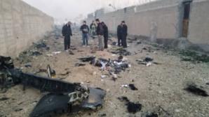 Avion prăbușit. Iranul REFUZĂ să preda cutia neagră companiei Boeing