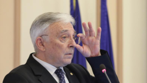 Mugur Isărescu, guvernatorul Băncii Naționale a României