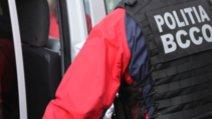 Percheziții în Alba Iulia, la persoane bănuite de proxenetism
