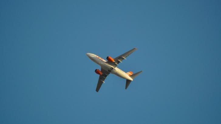 Panică la bord. Un avion a aterizat de urgență pe aeroport