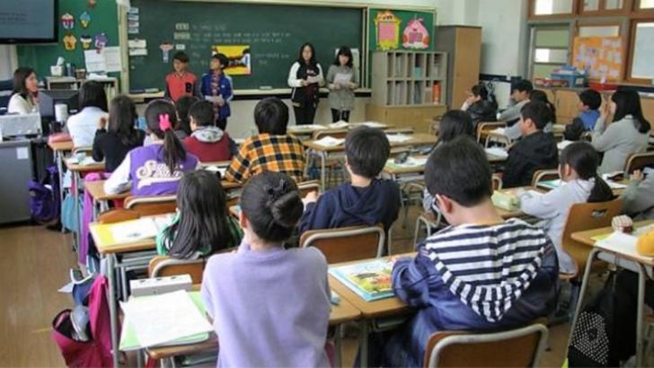 Alertă după dezinsecție, la Tulcea. Doi elevi au ajuns la spital cu dureri de cap și stări de vomă