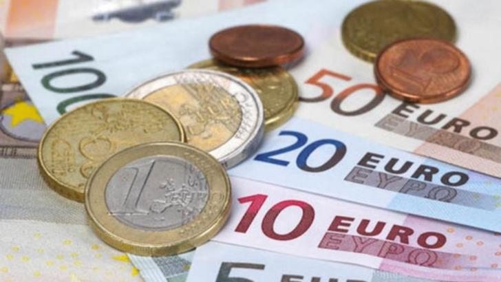 Comisia Europeana se implica in stabilirea salariilor minime in Uniunea Europeana
