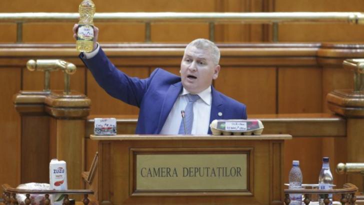 """Florin Roman: """"Această moţiune a fost scrisă de portarul de la sediul PSD"""""""