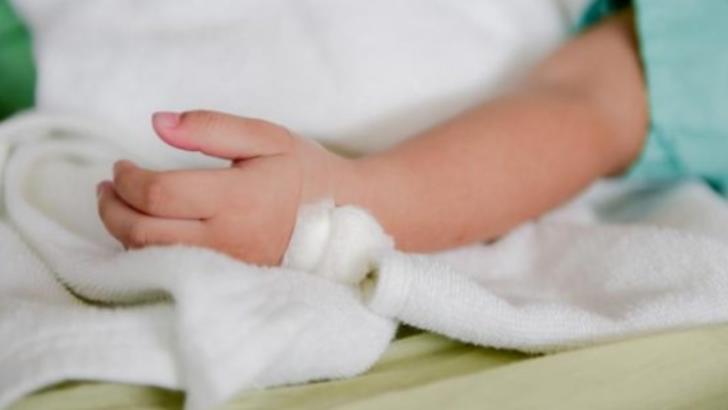 Un copil de doi ani, rapus de gripa. Este al cincilea deces