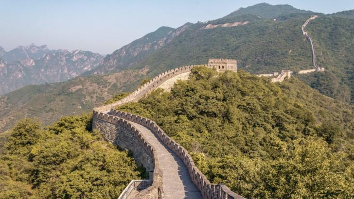 Virusul UCIGAȘ din China. Coronavirusul INCHIDE Marele Zid chinezesc